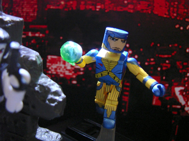 VALIANT_MiniMates_Action_003