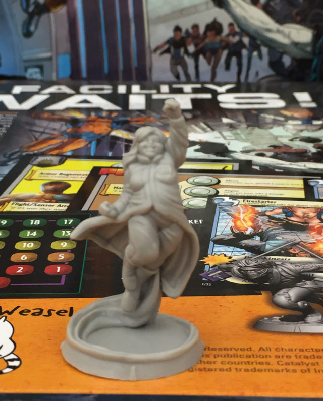 VALIANT-UNIVERSE_DECKBUILDING_FIGURINE-FAITH